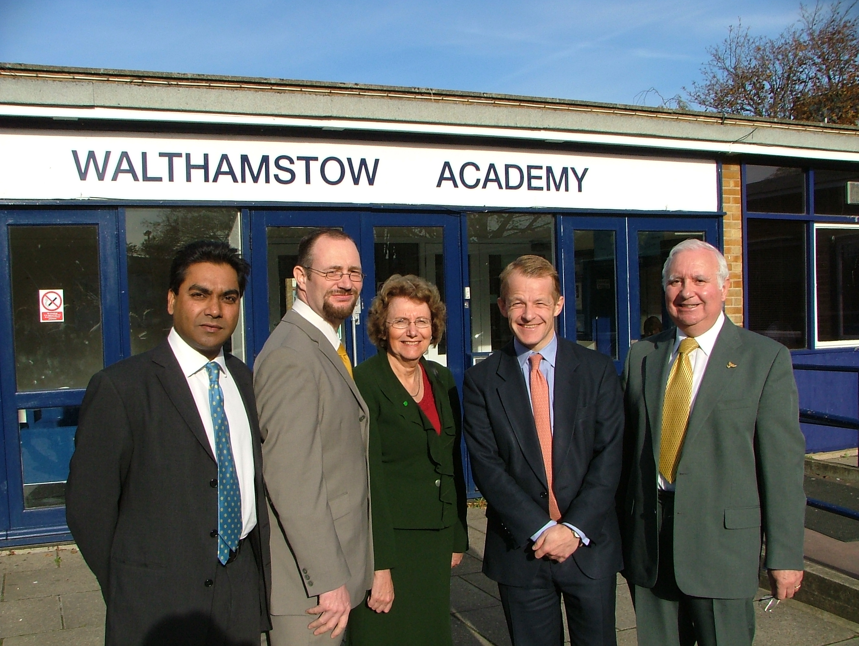 (l-r) Farid Ahmed, Cllr Sean Meiszner, David Laws MP, Annette Brooke MP and Cllr Peter Woollcott